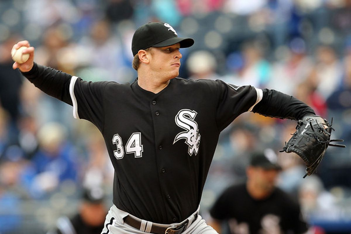 KANSAS CITY, MO - MAY 16:  Starting pitcher Gavin Floyd #34 of the Chicago White Sox pitches during the game against the Kansas City Royals on May 16, 2010 at Kauffman Stadium in Kansas City, Missouri.  (Photo by Jamie Squire/Getty Images)