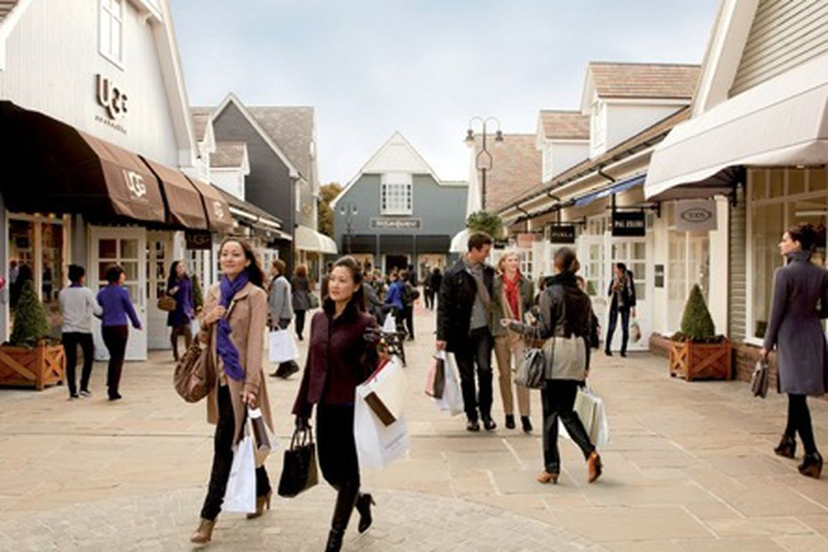 Bicester Village, one of our favorite outlets in the UK