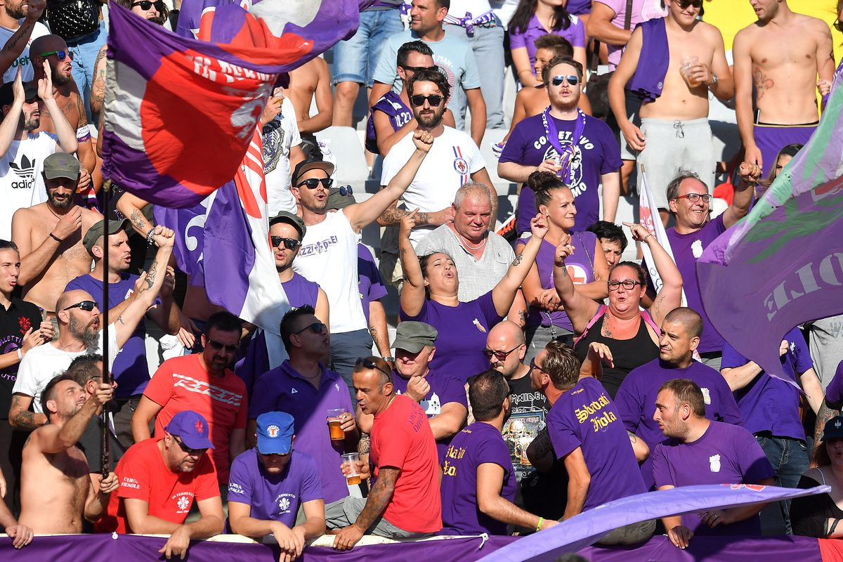 Fiorentina fans cheer on of ACF Fiorentina prior to the...