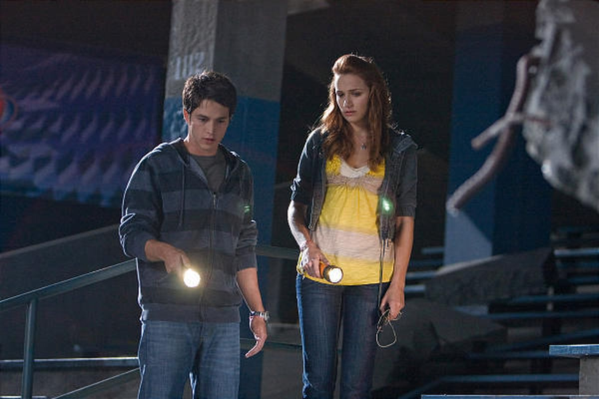 """Bobby Campo as Nick and Shantel VanSanten as Lori are crash survivors stalked by fate in """"The Final Destination."""""""