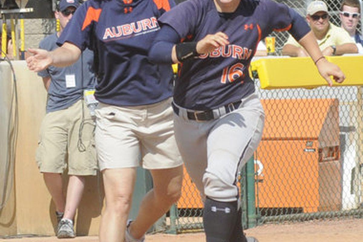 Auburn senior Elizabeth Eisterhold hit 3 home runs last week end at the War Eagle Softball Classic Tournament in Auburn. (<em>photo by Leffie Dailey, Auburn</em>)