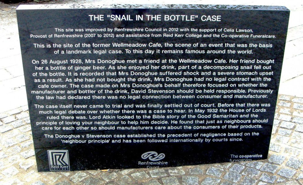 A monument dedicated to the ginger beer snail (via the City of Paisley)