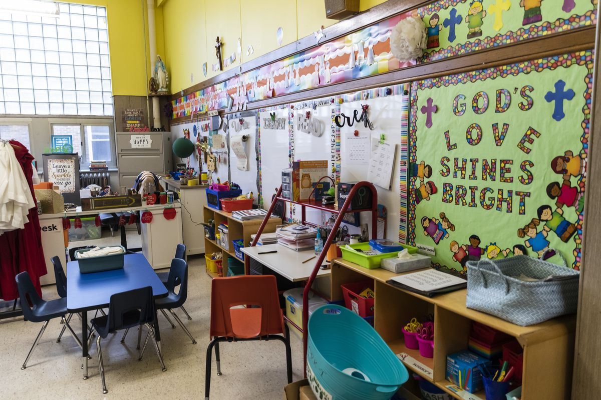 Christmas Break 2020 School Chicago's Catholic elementary schools switching to virtual