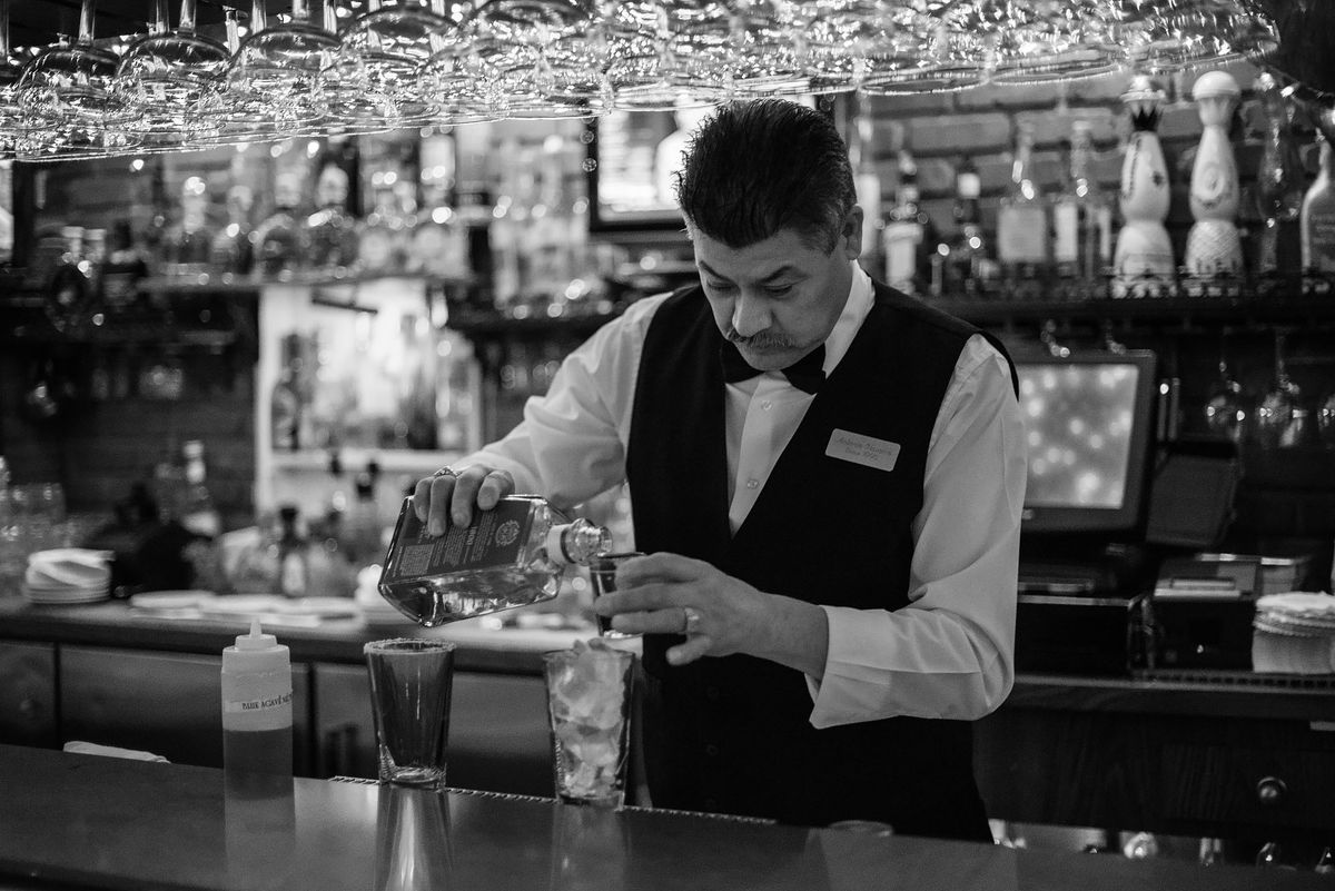 Barman Antonio Navarro mixing a drinka at Casa Vega