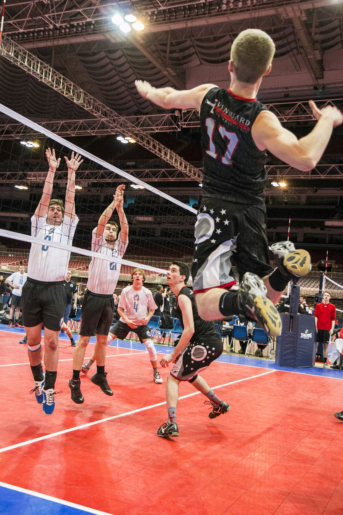 Gay Stanford volleyball player feels embraced after coming