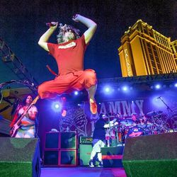 Sammy Hagar rocks out with the Cabo Wabos at the Venetian's Tiki Party. Photo: Tom Donaghue