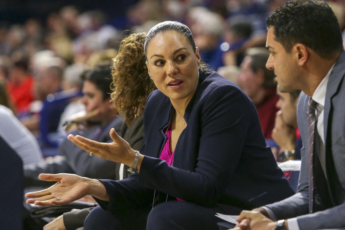 arizona-wildcats-womens-basketball-adia-barnes-stock-analysis-program-2019