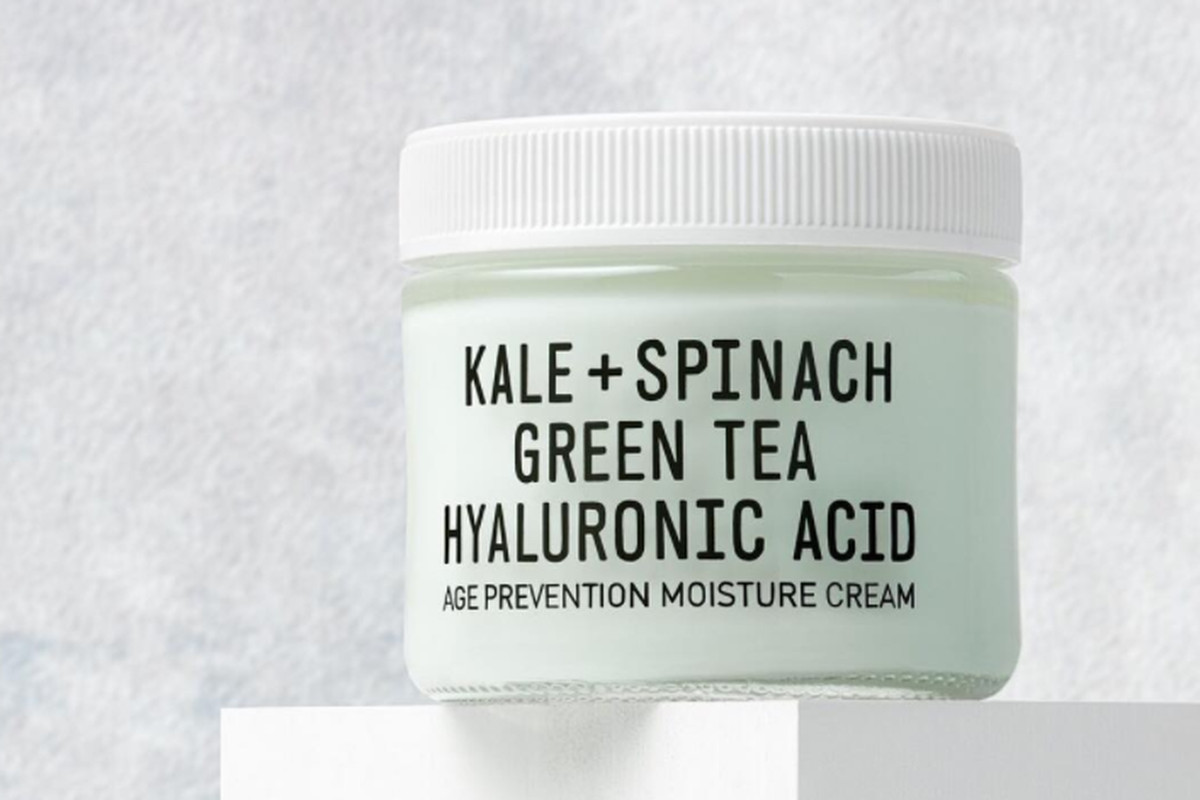A tub of light green cream.