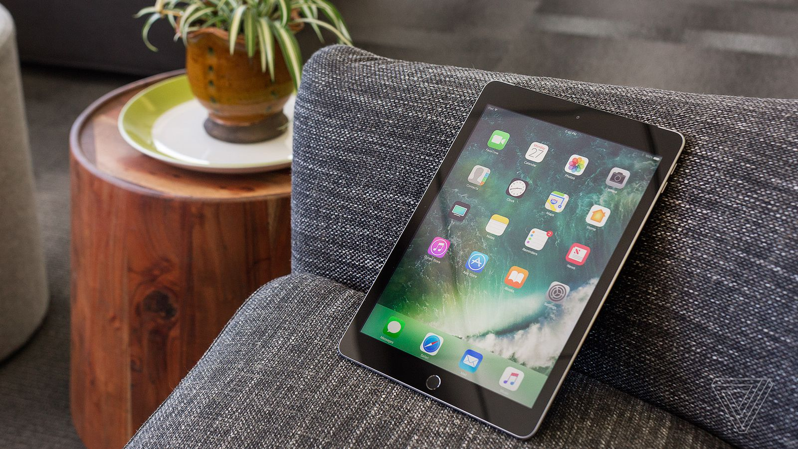 Apple iPad Air 2019 review: a 'Pro' tablet without the ...