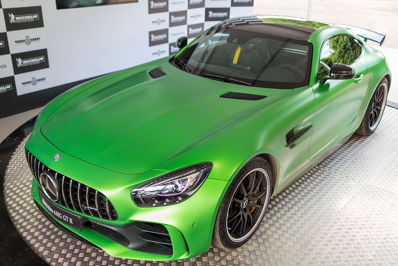The shockingly green Mercedes AMG GT R is a track monster ...