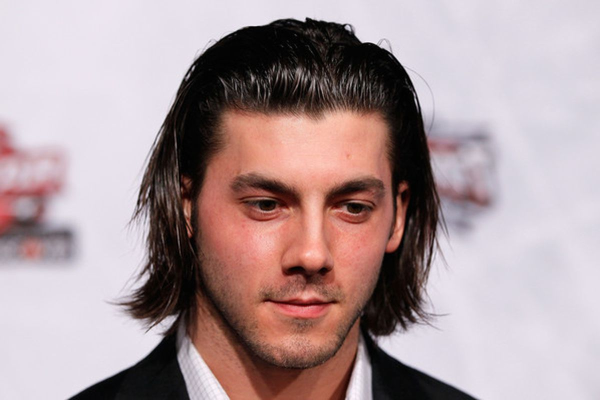 There's a shot we see Letang make his return tonight.