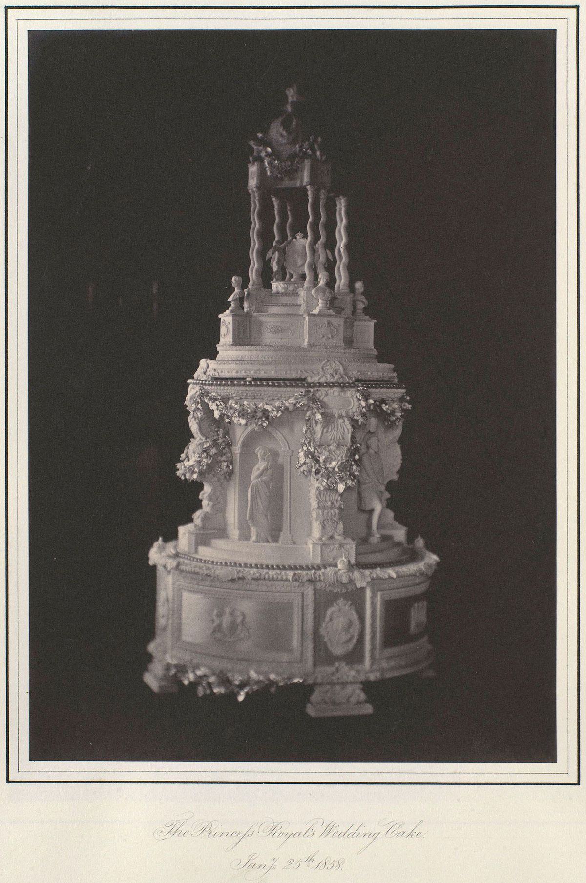 history of wedding cakes royal wedding cakes the years eater 15253