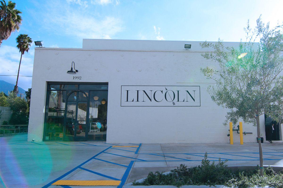 Lincoln Pasadena