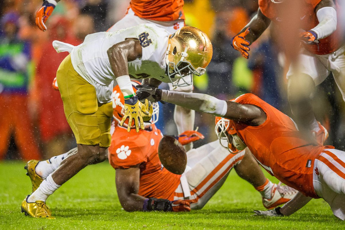 Clemson Review: Irish Fumble Away Chance to Stay Perfect ...