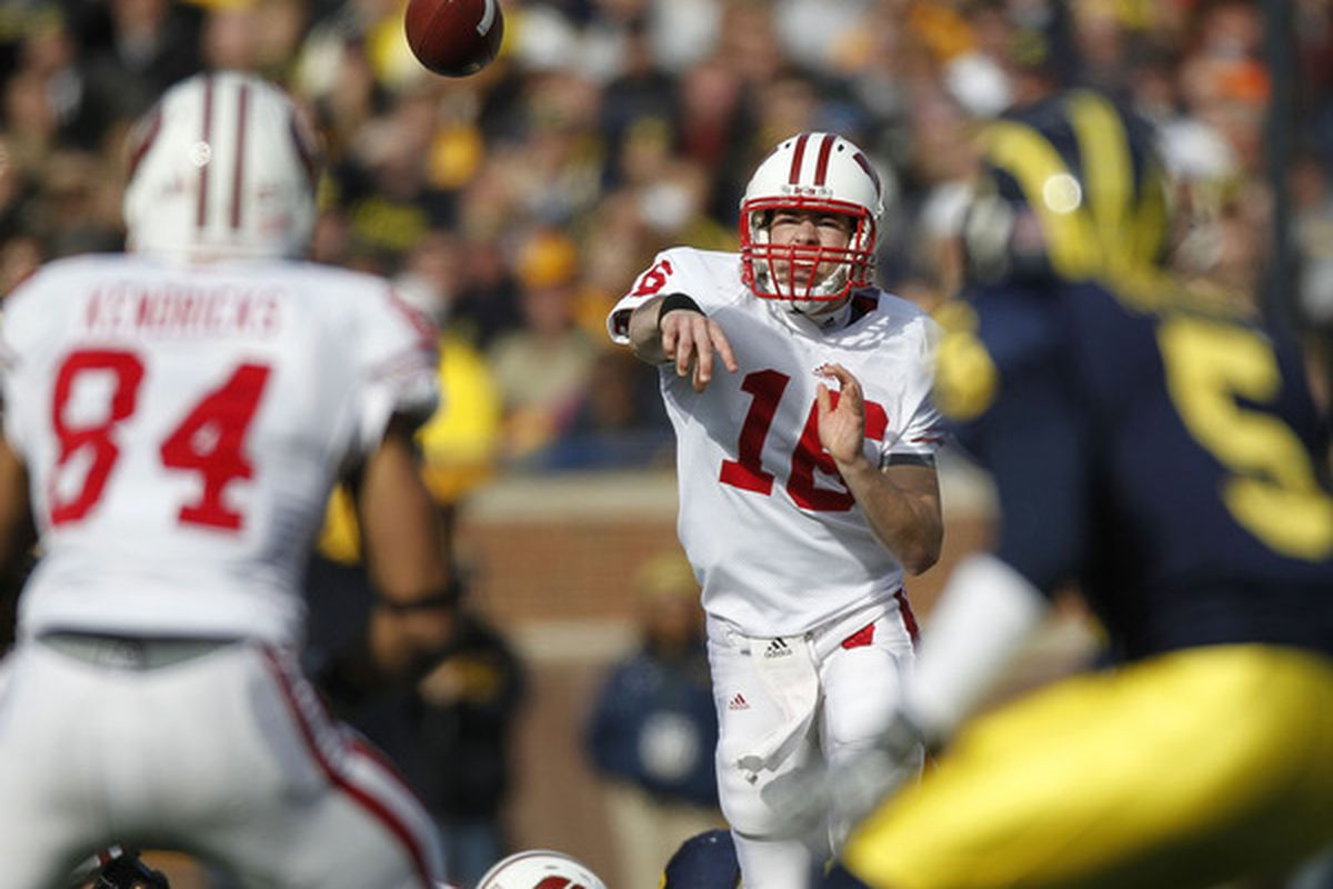 The two Wisconsin Badger players in this picture were named finalists for national college football awards.