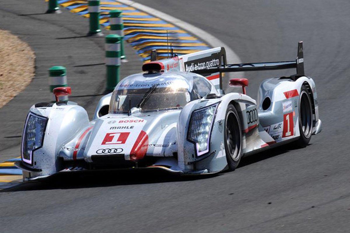 Audis R Etron Quattro Becomes First Hybrid To Win Le Mans The - Audi r18 e tron quattro