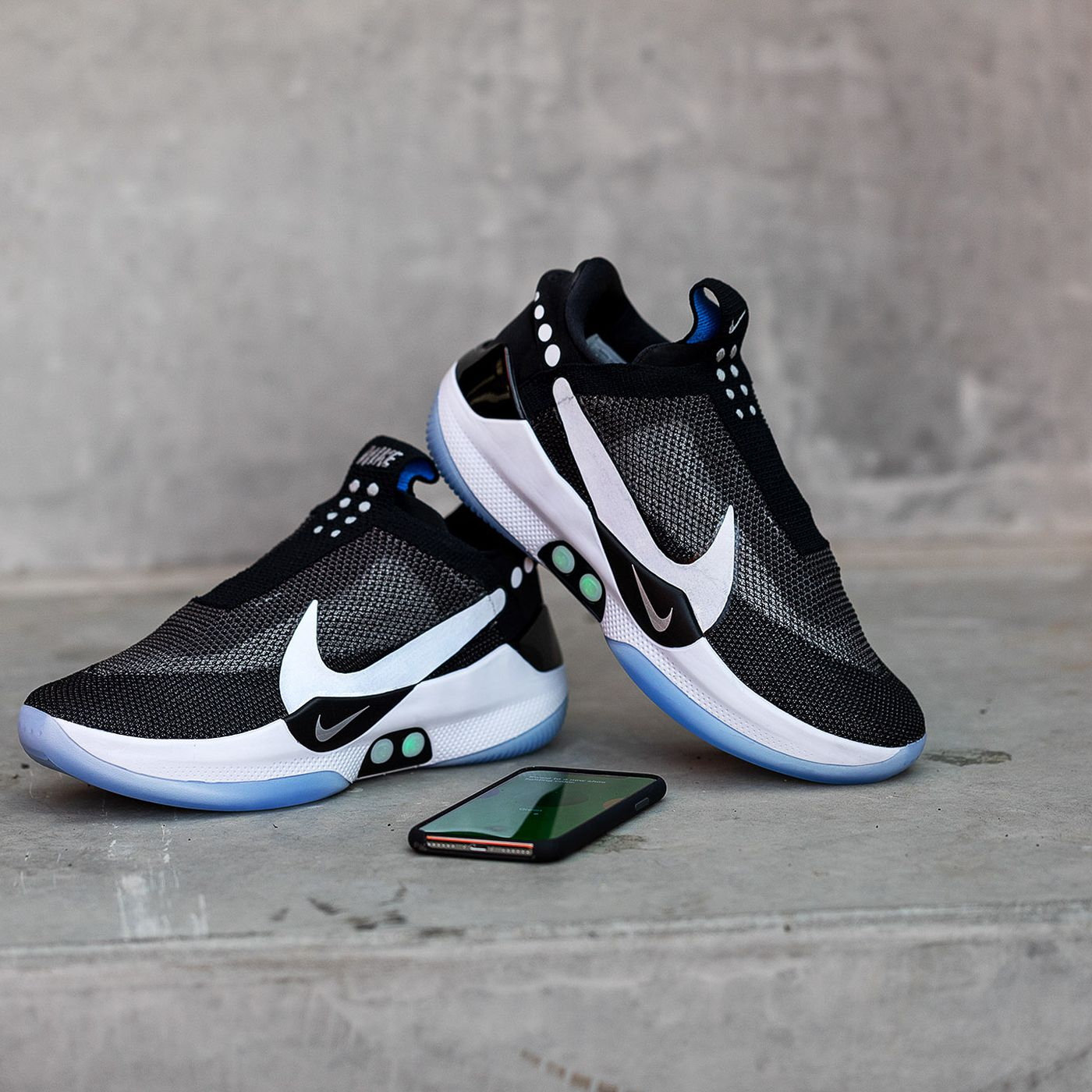 Nike s Adapt BB self-lacing sneakers let you tie your shoes from an app -  The Verge 9197fb8cd
