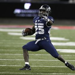 Utah State wide receiver Gerold Bright (25) in the second half during the Arizona Bowl NCAA college football game against New Mexico State, Friday, Dec. 29, 2017, in Tucson, Ariz. New Mexico State defeated Utah State 26-20 in overtime. (AP Photo/Rick Scuteri)
