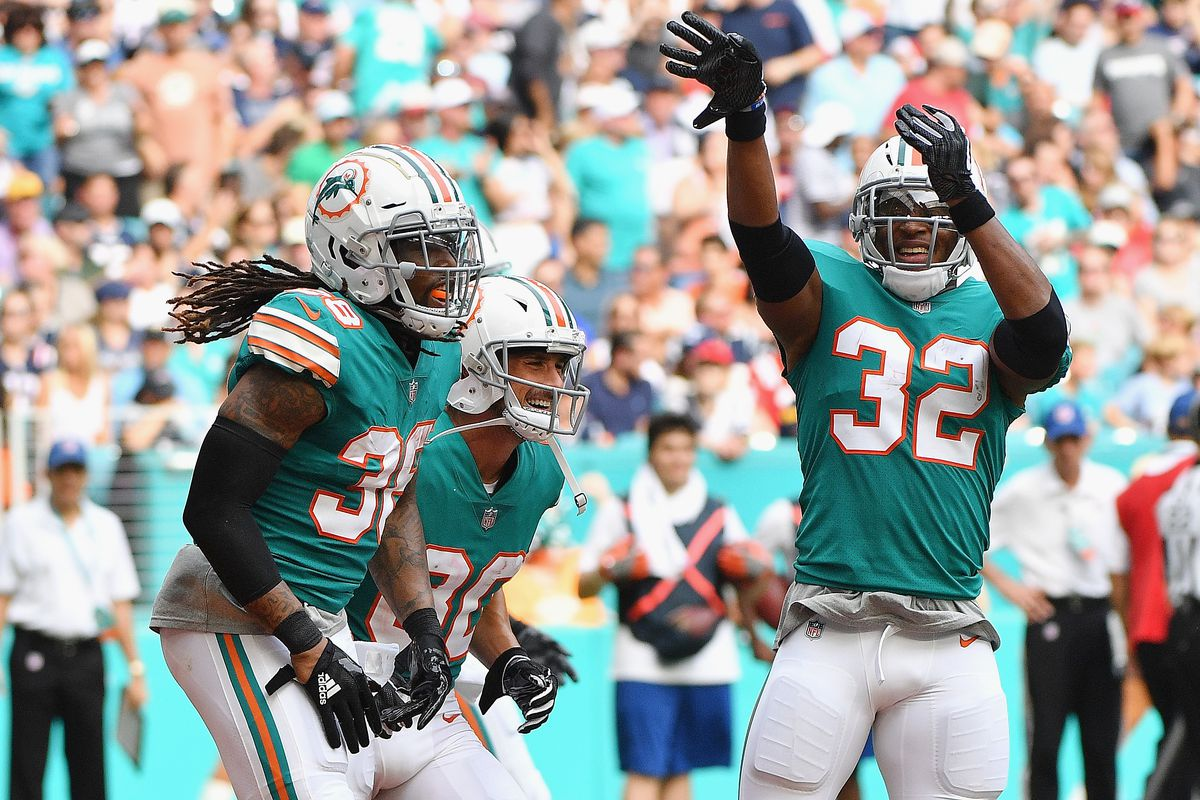 """NFL Week 14 recap  the Dolphins  Miami Miracle"""" stunned the Patriots ... 94c48a10b"""