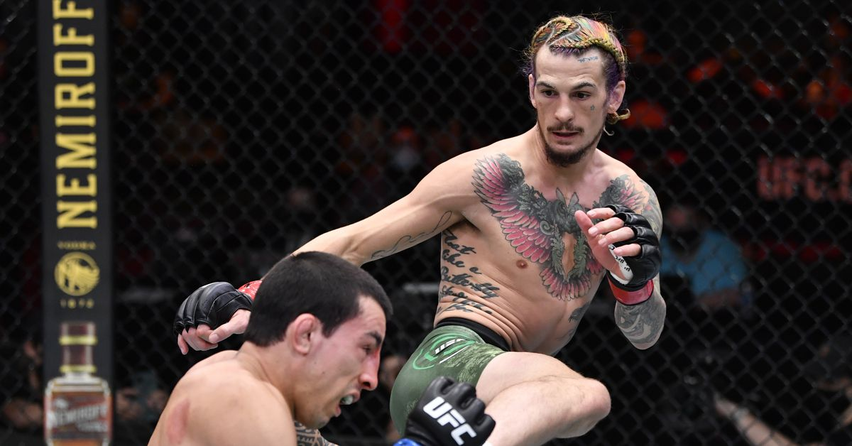 Video: Sean O'Malley calls out Dominick Cruz: 'Who's a bigger fight than me right now?'
