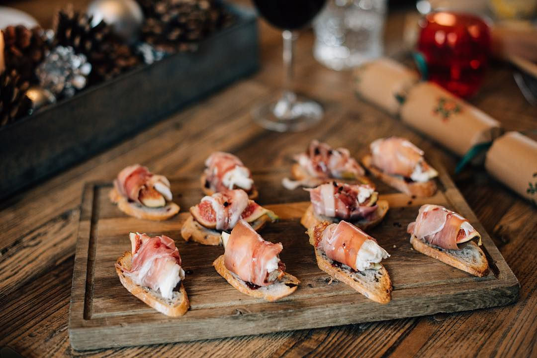 Best pub grub in London: crostini with charcuterie at The Signal Pub in Forest Hill