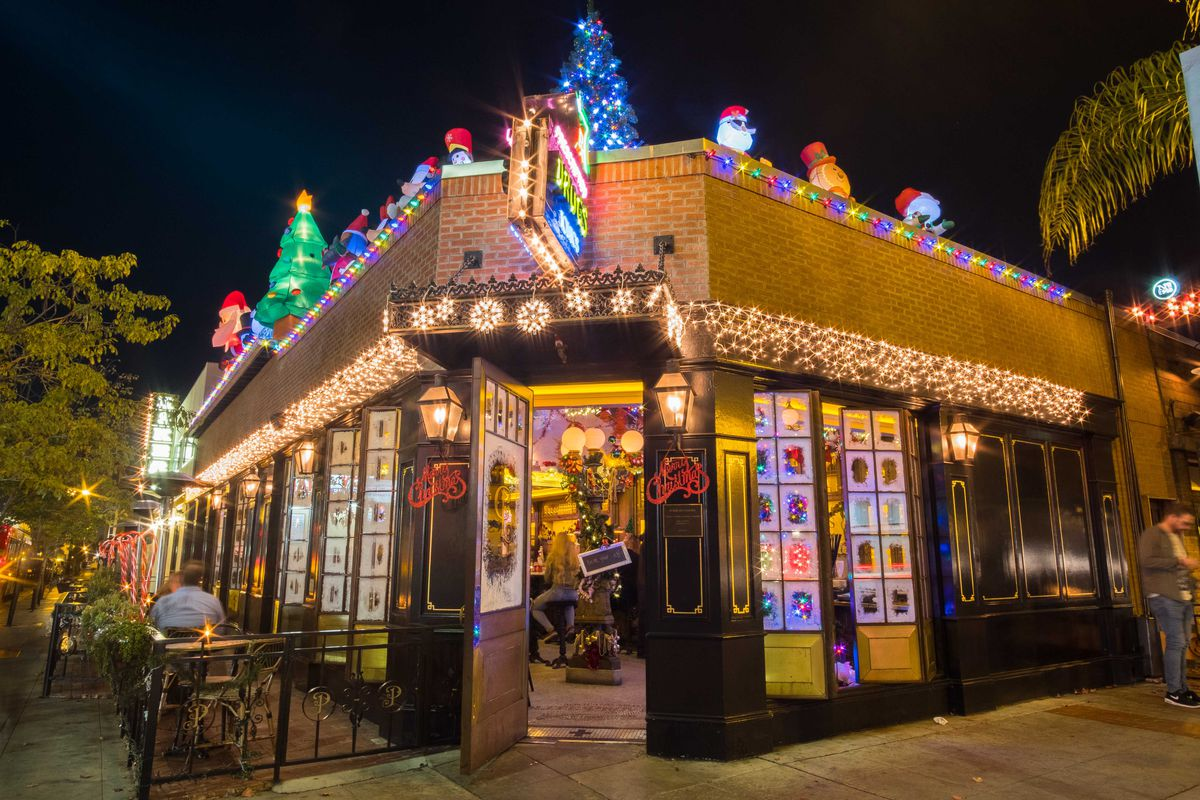 Dc Christmas Pop Up Bar.Holiday Themed Pop Ups Coming To Polite Provisions Craft