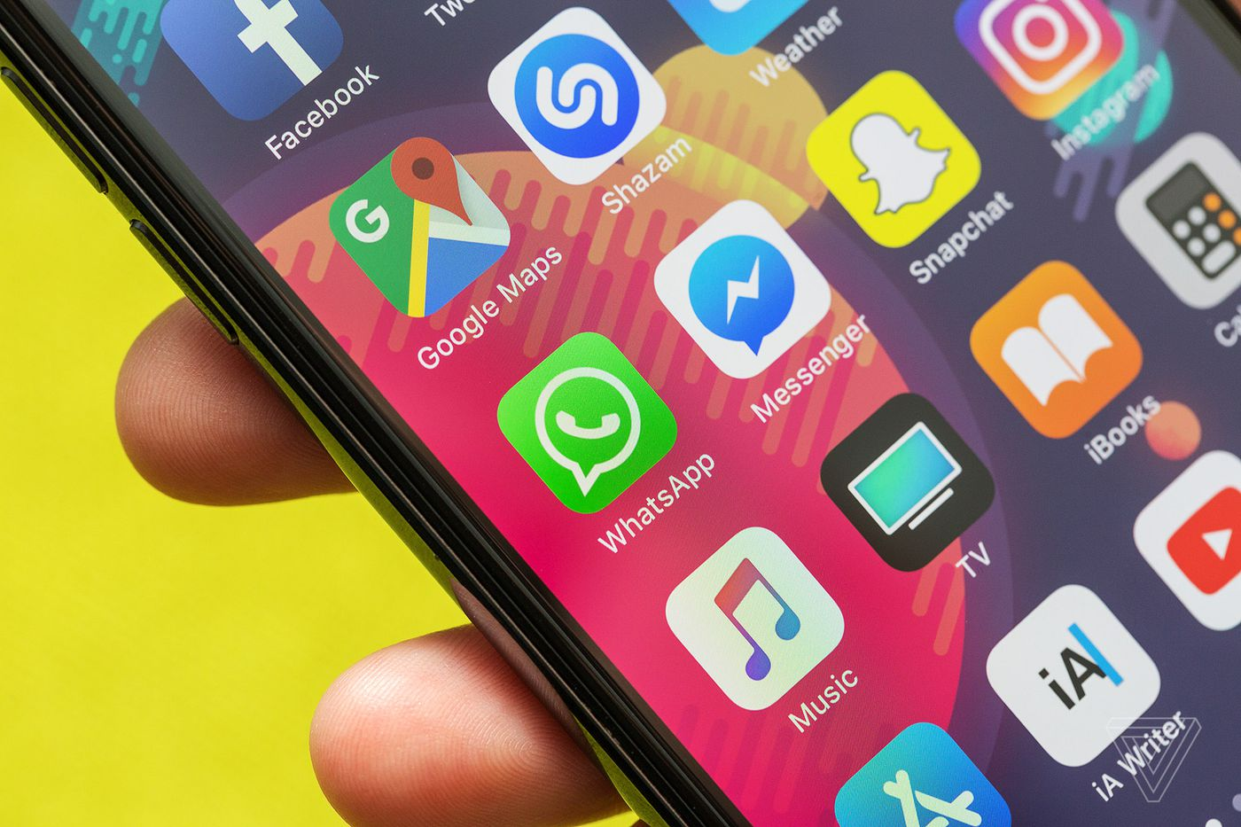 Whatsapp Co Founder Tells Everyone To Delete Facebook The Verge