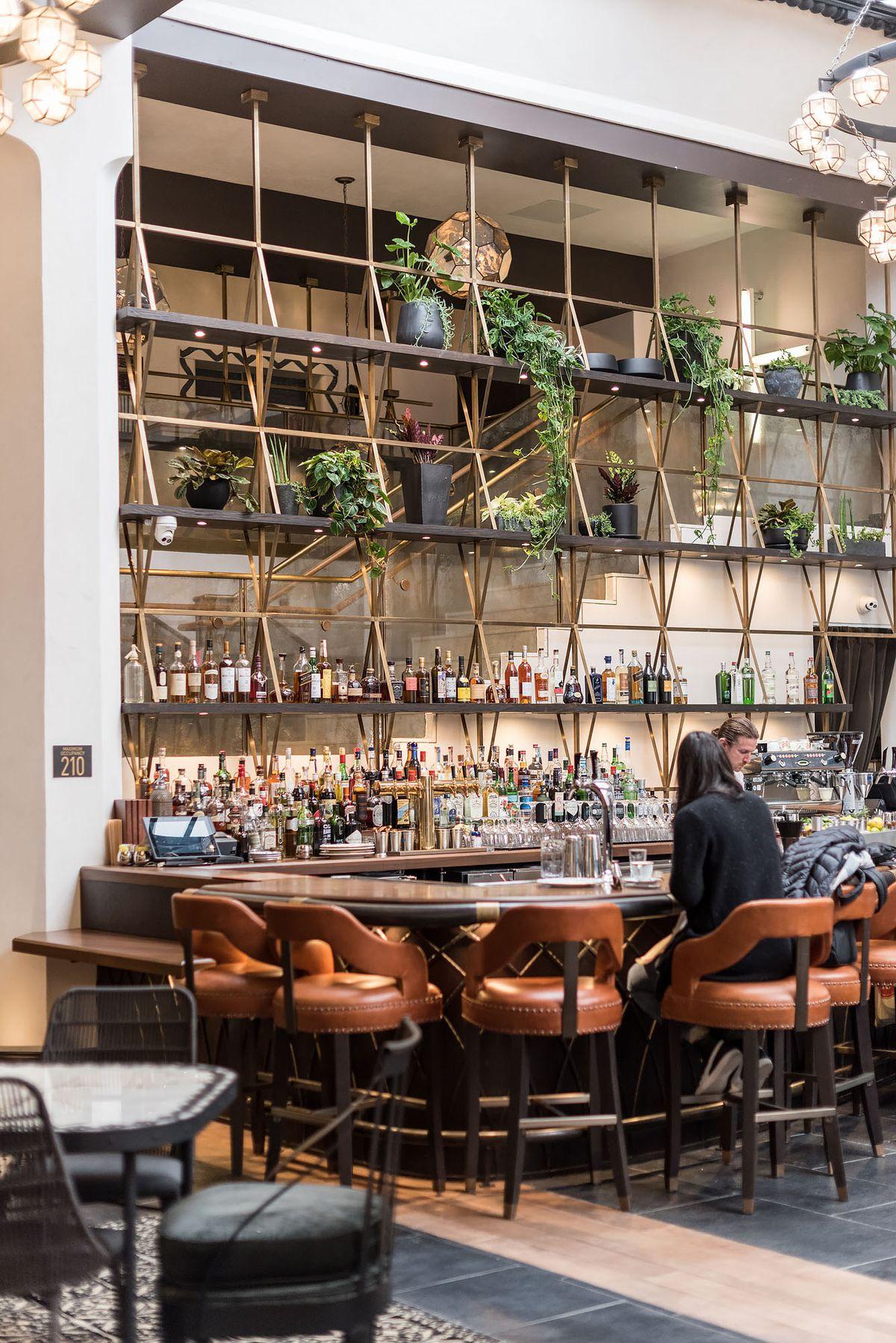 Hotel Figueroa Bar