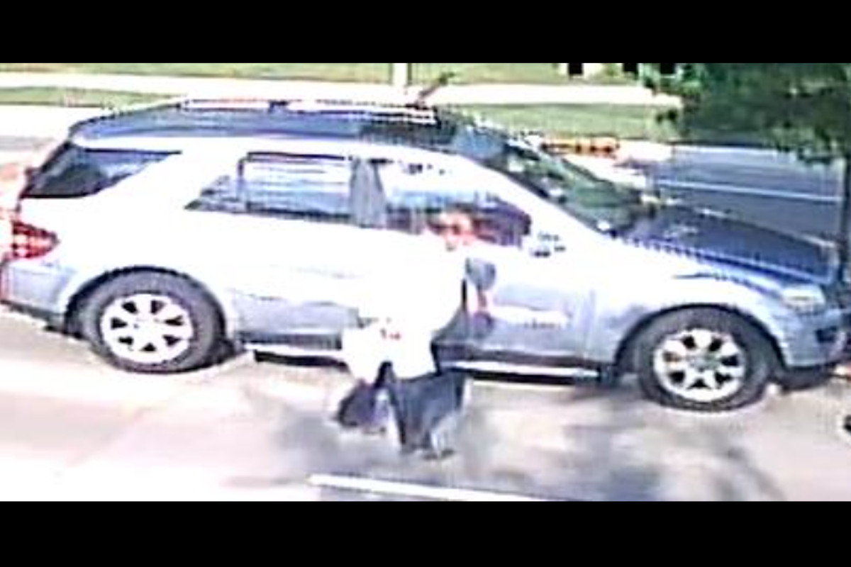 Driver wanted after crashing into child bicyclist in Schaumburg