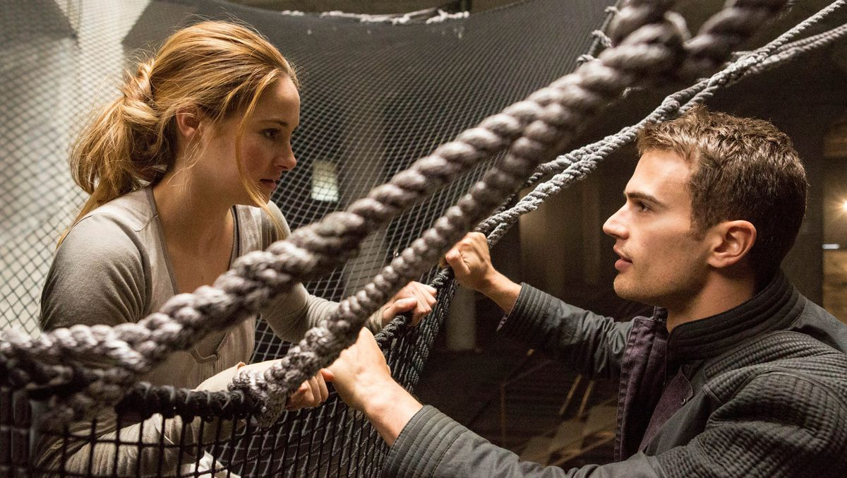 Shailene Woodley and Theo James face divergent ropes and nets