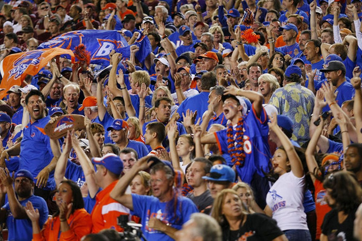 Boise State fans celebrate their #1 ranking in my BlogPoll.