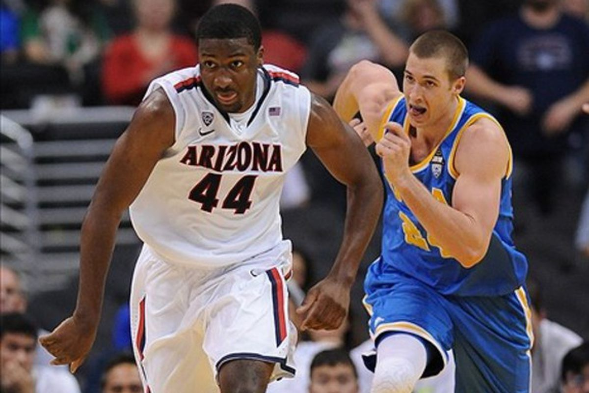 Arizona and UCLA battle it out as West Coast heavyweights once again.