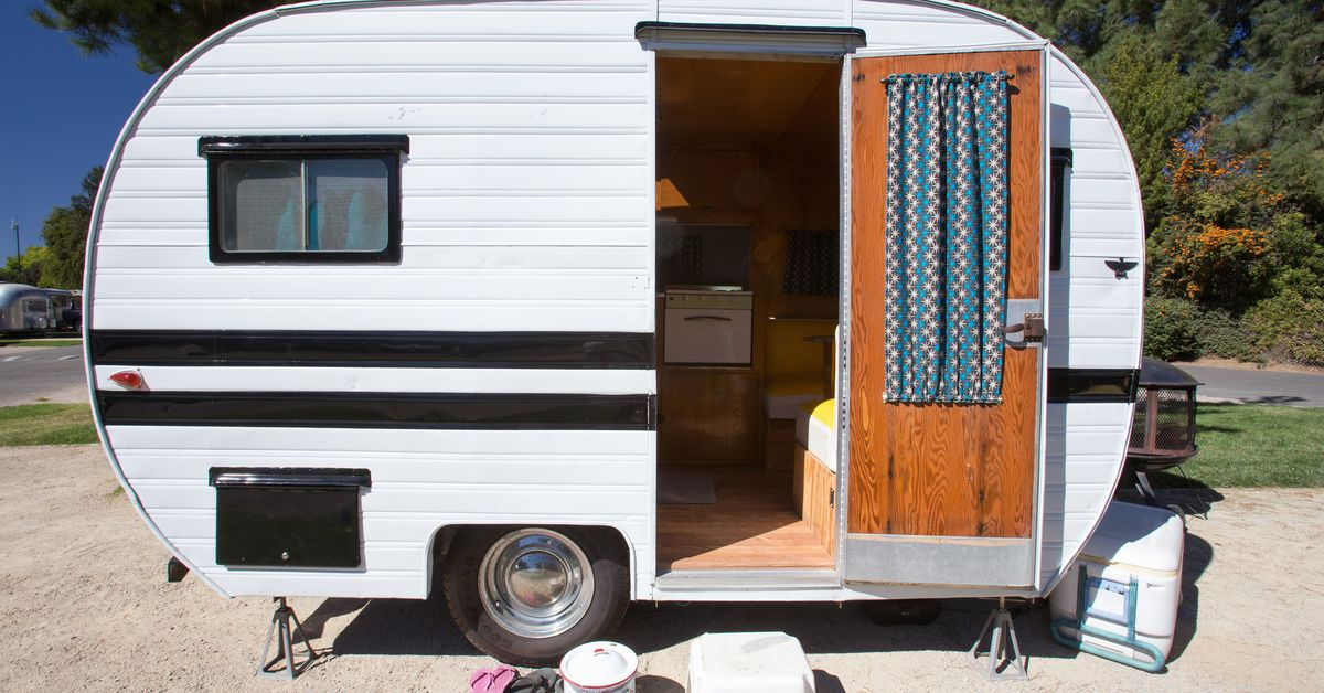 Best Vintage Campers 5 For Sale Right Now Curbed Statewide craigslist search engine along with ebay, oodle, kijiji, ebayclassifieds, geebo and more. best vintage campers 5 for sale right