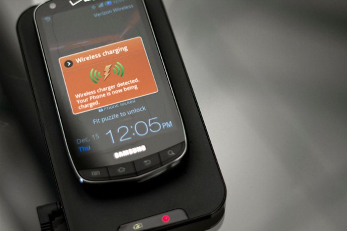 Will Samsung's Galaxy S III come standard with wireless ...