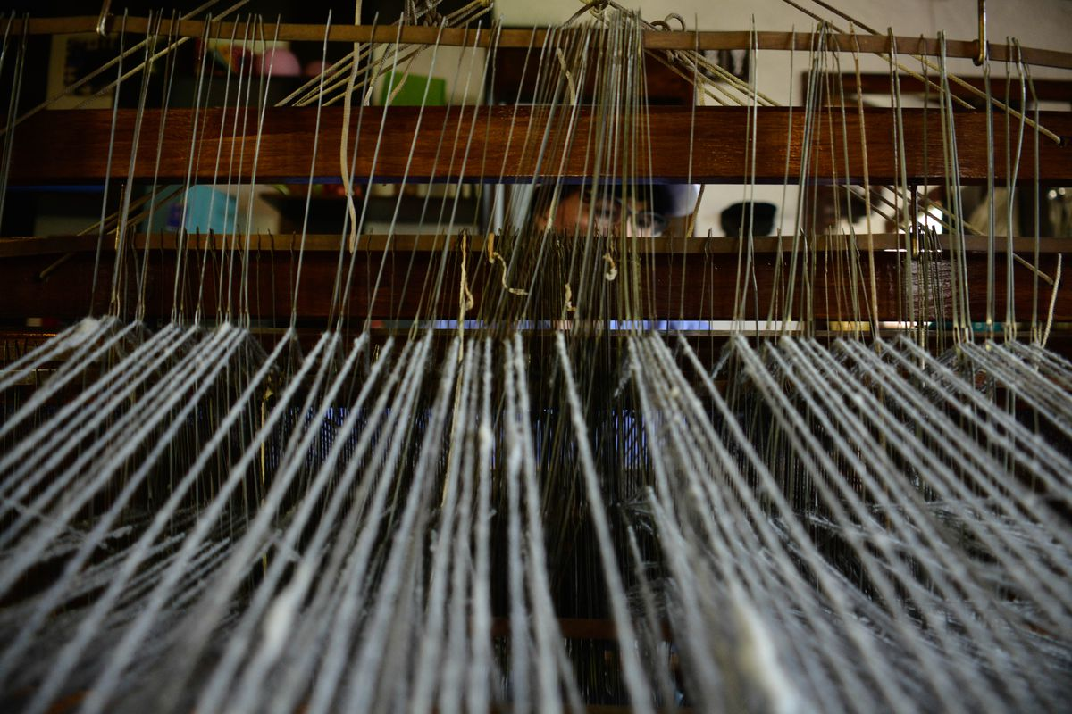 Traditional weavers in Nobsa of Colombia
