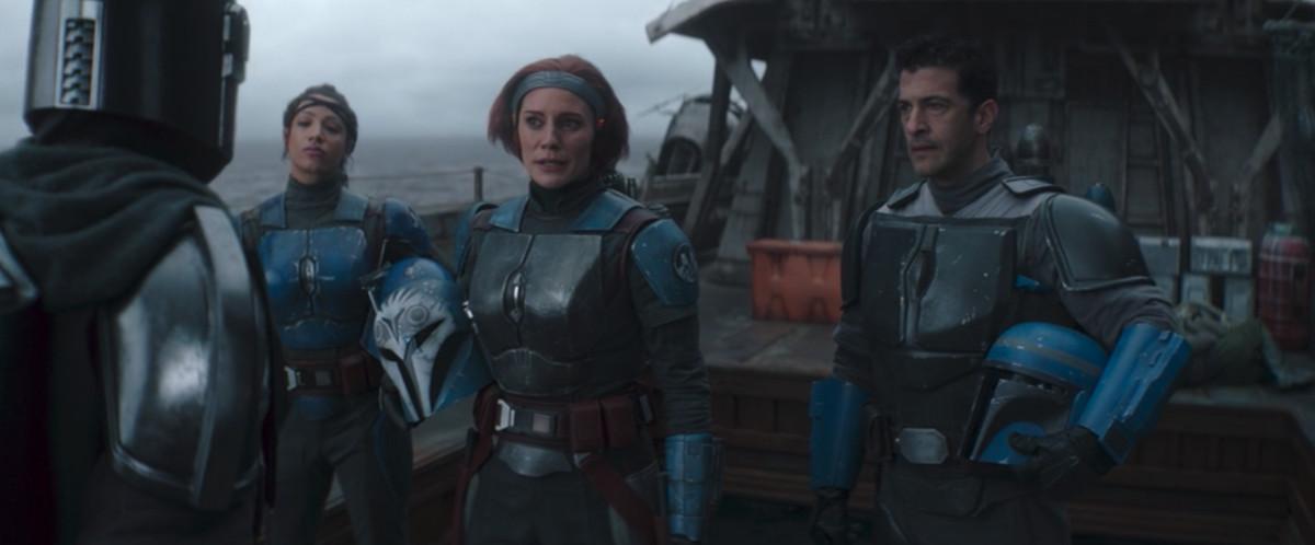 Koska Reeves, Bo-Katan Kryze, and Axe Woves in The Mandalorian