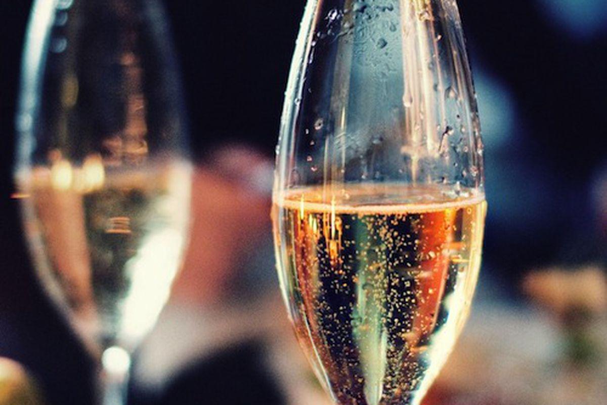 "Image via <a href=""http://www.foodrepublic.com/2011/12/06/buyers-guide-champagne"">Food Republic</a>"