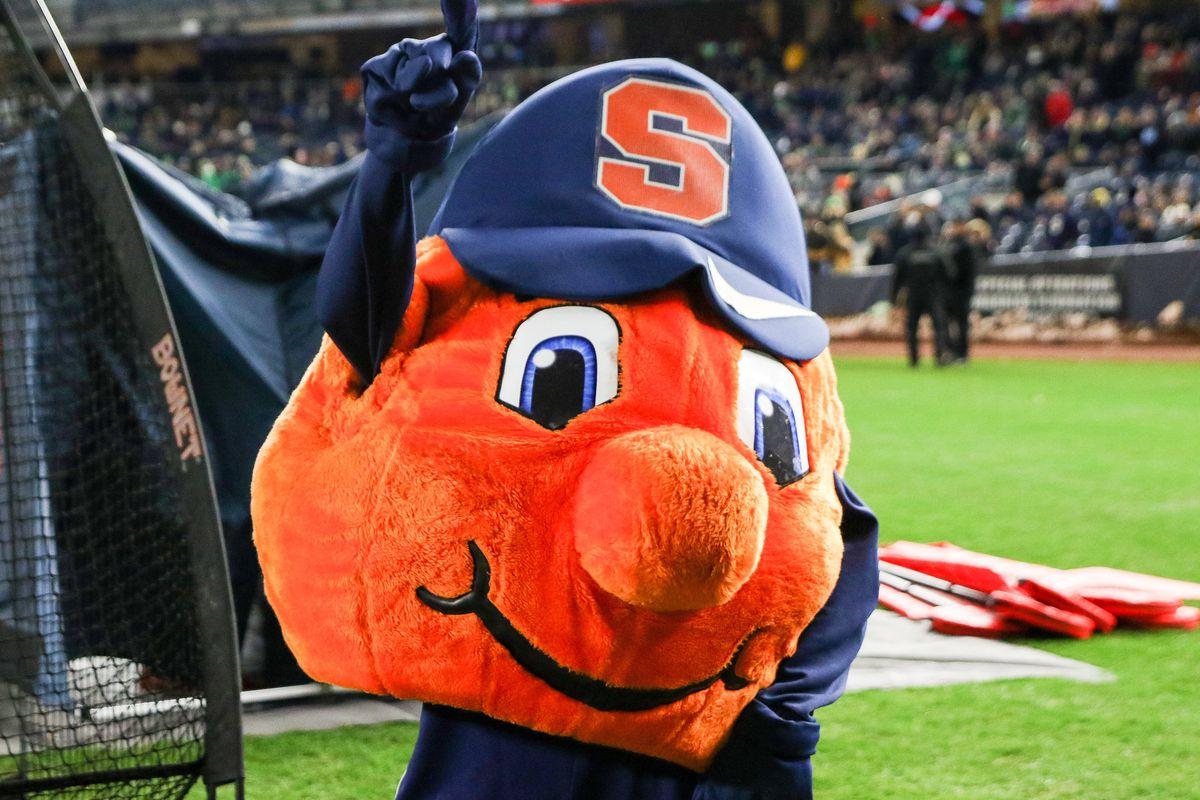 COLLEGE FOOTBALL: NOV 17 Syracuse v Notre Dame