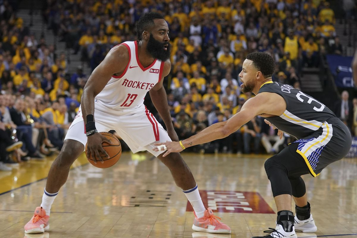 cd8c7929094c Warriors game analysis  The New Way Stephen Curry Defends James ...