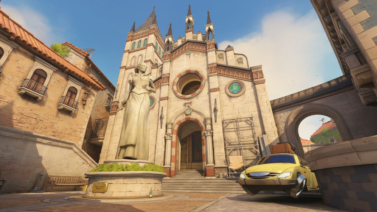 A church and statue on the map Malevento from Overwatch