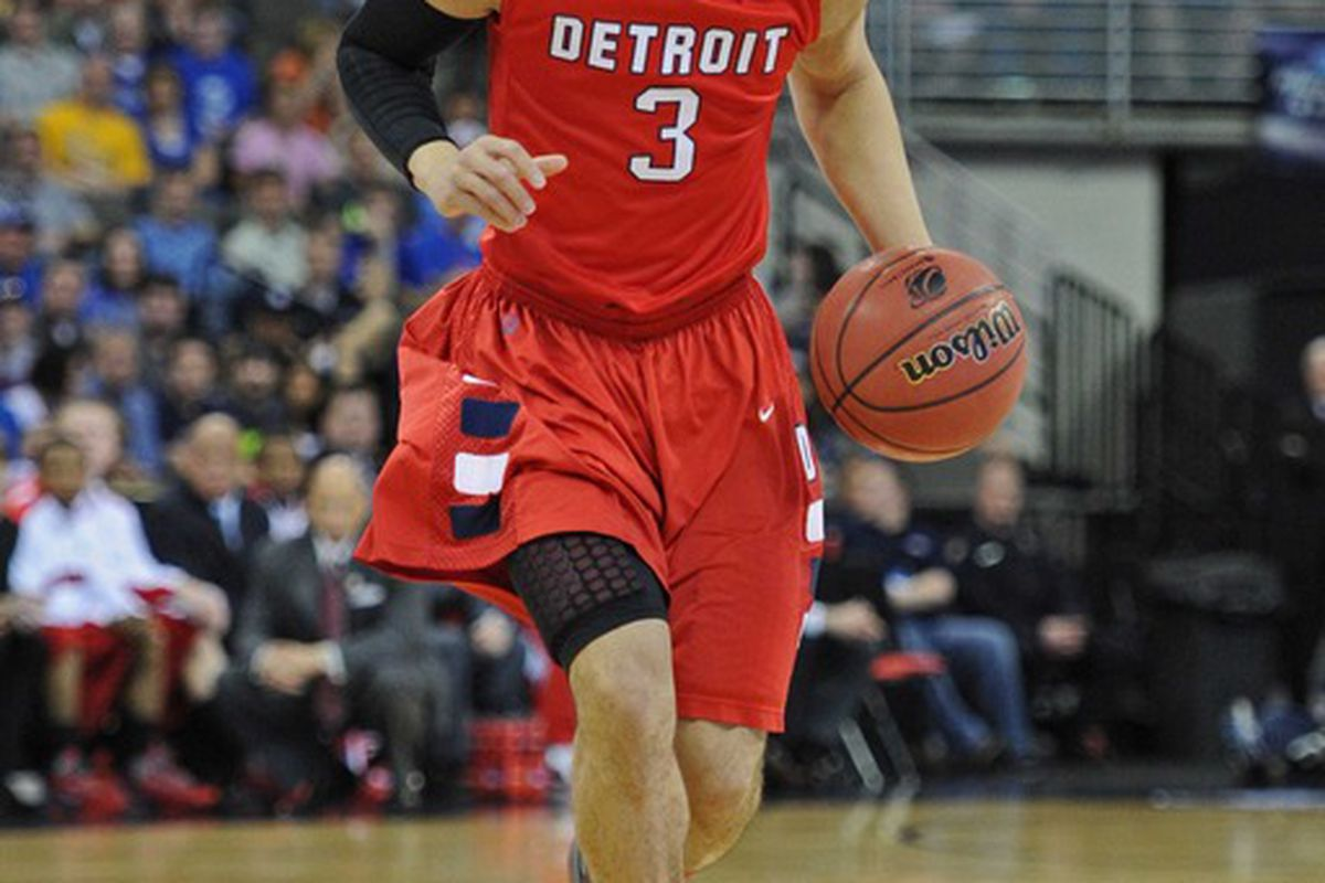Detroit's <strong>Ray McCallum</strong> averaged 15.4 points per game for the Titans in 2011-12.