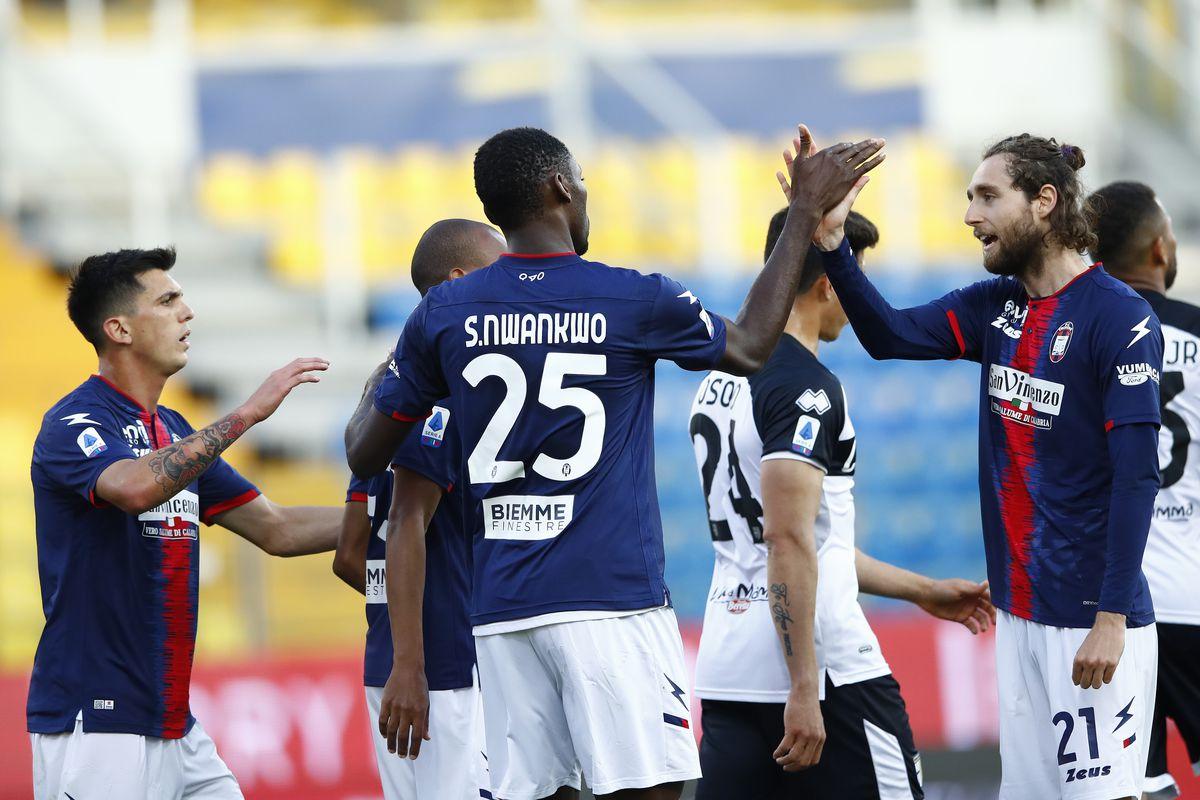 Parma Calcio v FC Crotone - Serie A