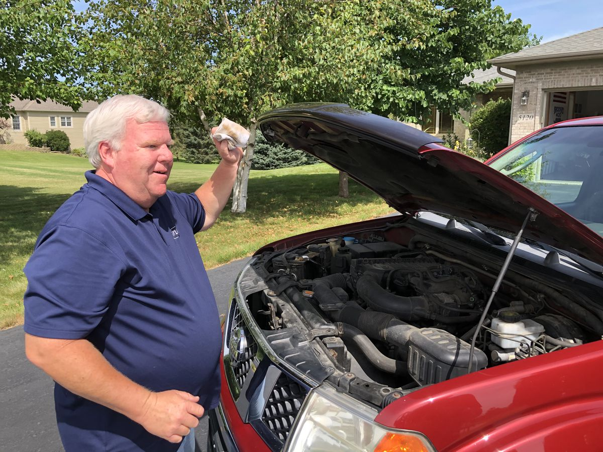 Brian Murphy changed his own oil every 10,000 miles on his way to 1 million miles.