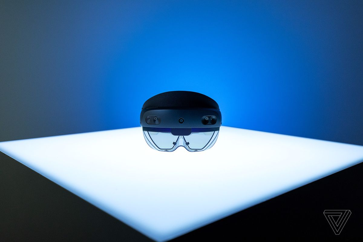 Microsoft's HoloLens 2: a $3500 mixed reality headset for