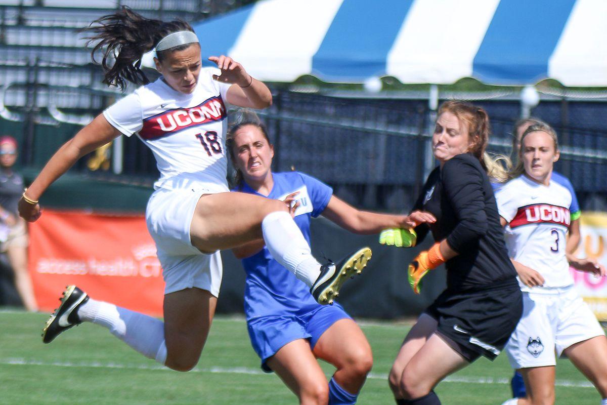 Stephanie Ribeiro Goal