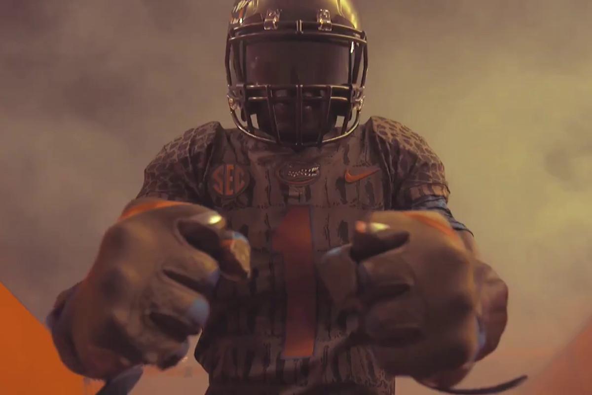 25 reasons to dislike Florida s gator-themed alternate uniforms ... a1e9b7113