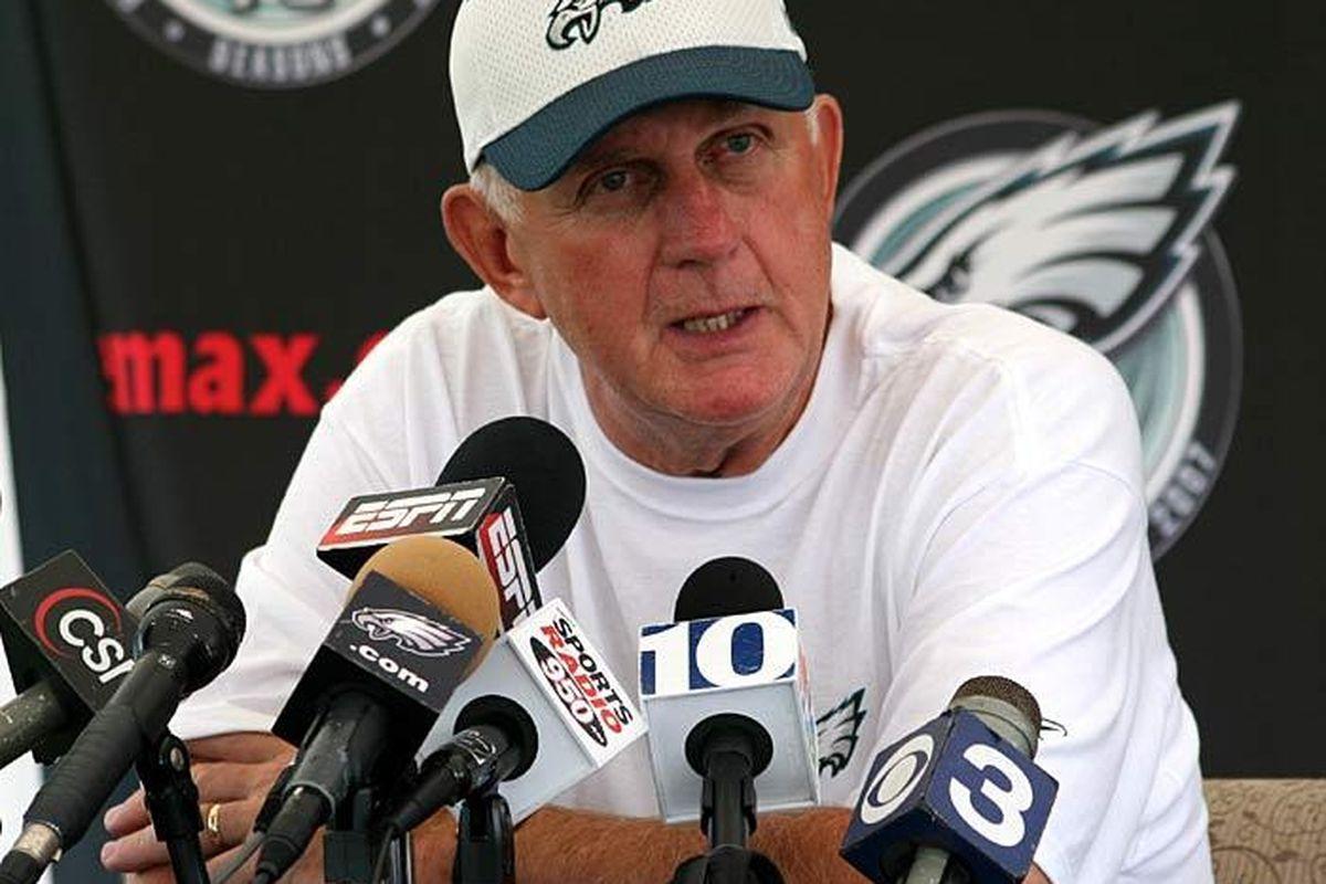 Eagles defensive coordinator Jim Johnson
