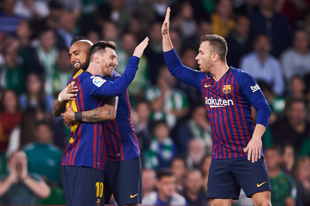 Arthur still in awe of Lionel Messi