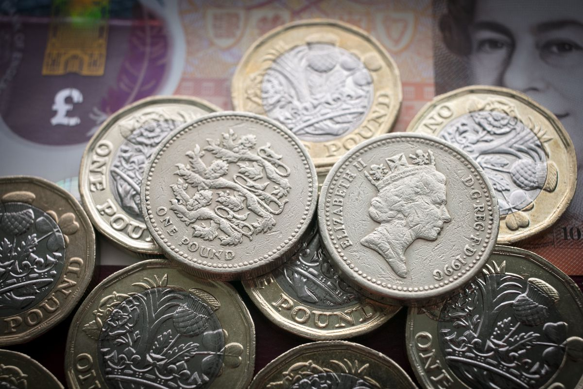 2017: Old Pound Coin Sterling Ceases To Be Legal Tender on Sunday