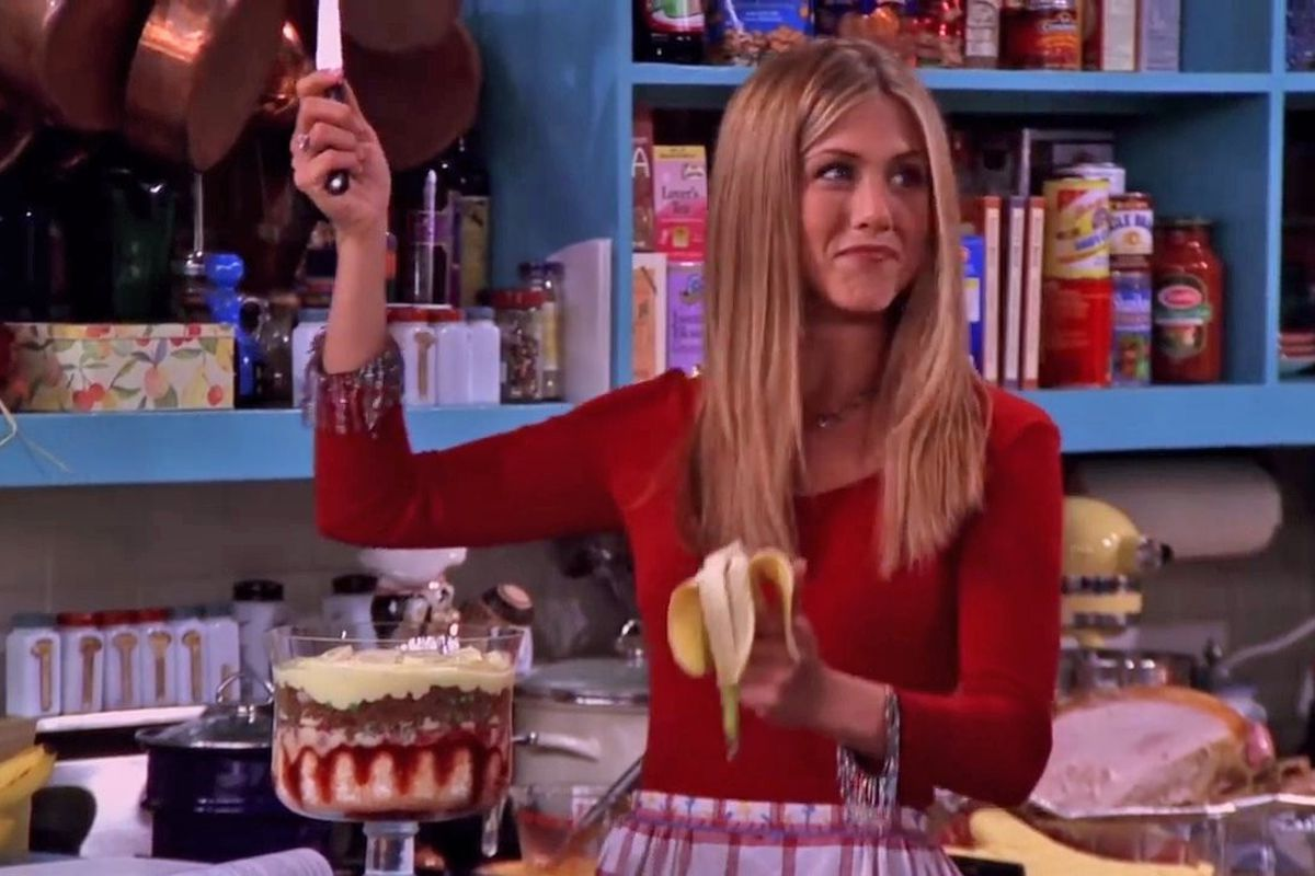Rachel on Friends makes her famously terrible Thanksgiving trifle